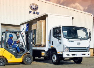 Loading the FAW 8.140 FL