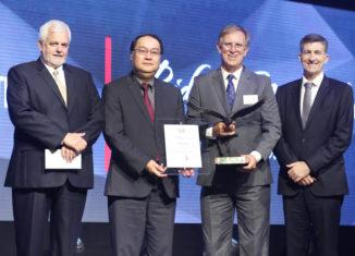 Hino Wins Dealer Award