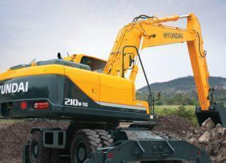 VDM Plant Hire invests in Hyundai R210W-9S excavator from HPE Africa (Large)