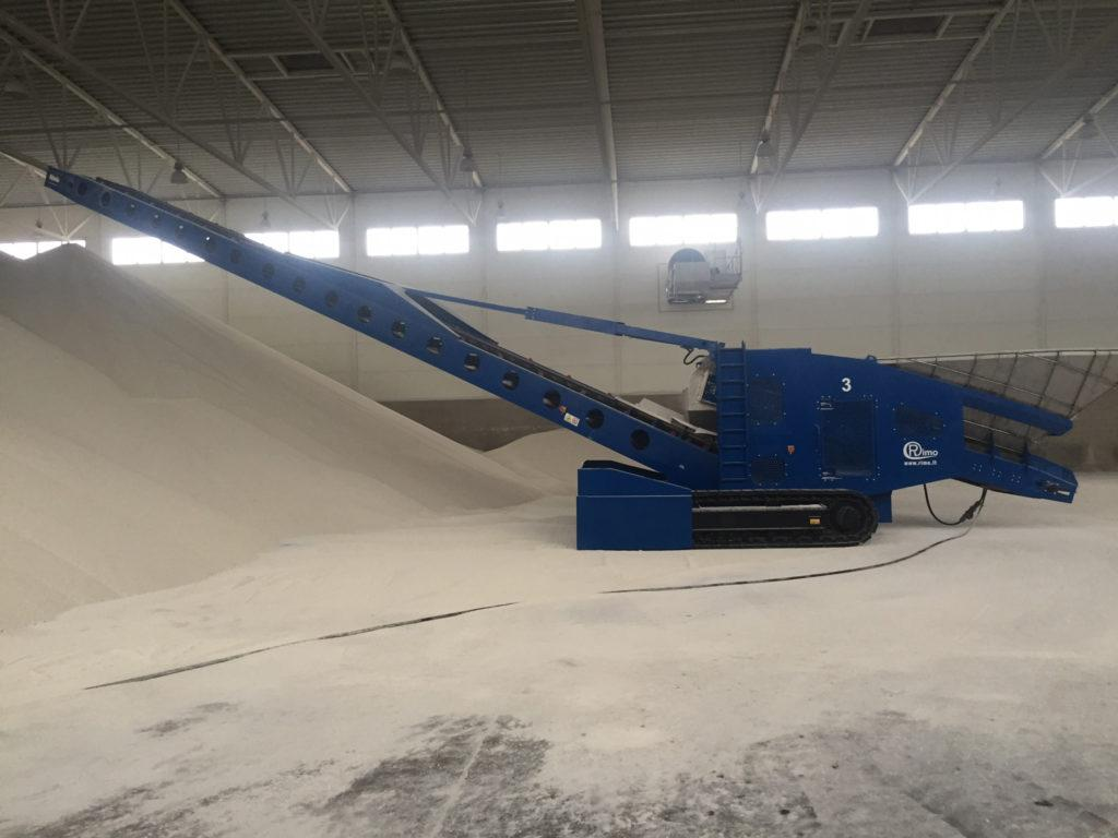 Telescopic belt conveyor for stacking all types of bulk materials pic 1 - fertilizer