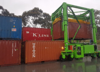 BLT WORLD's new Mobicon container handler improves efficiency, lowers costs and ensures greater safety in many industries
